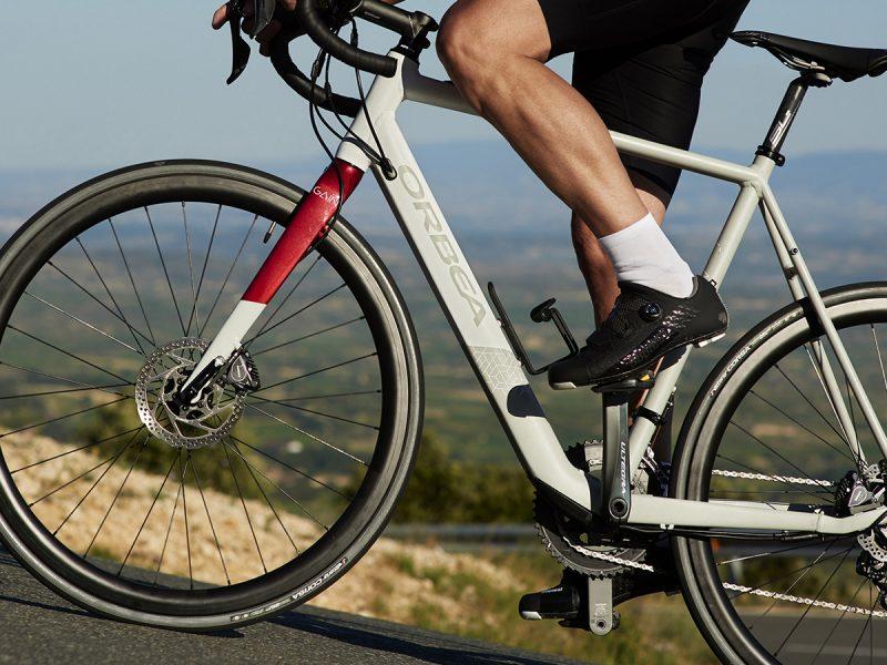 ORBEA lança bicicleta de estrada eléctrica!