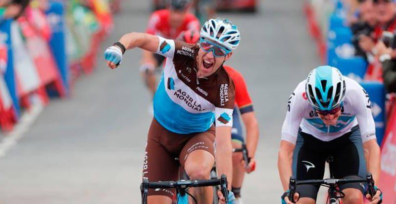 Vuelta, etapa 11 – Novo líder, consentido pelo pelotão.