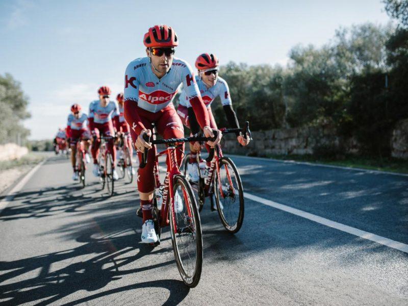 Equipa Katusha Alpecin utilizará mais bicicletas com travão de disco.