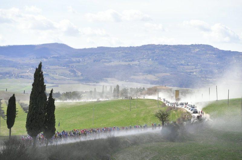 Strade Bianche não é um monumento, mas devia ser. Resumo da corrida de 2019.
