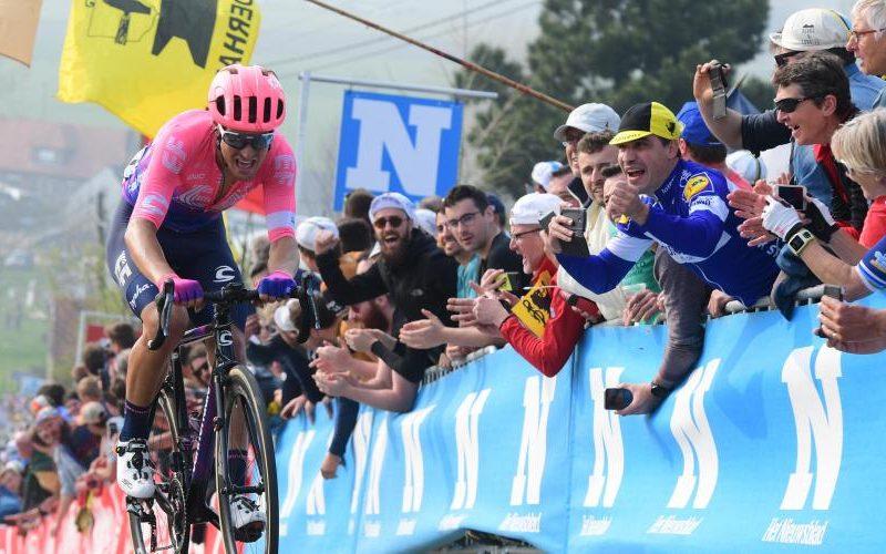 Tour de Flanders – Alberto Bettiol dá surpresa.