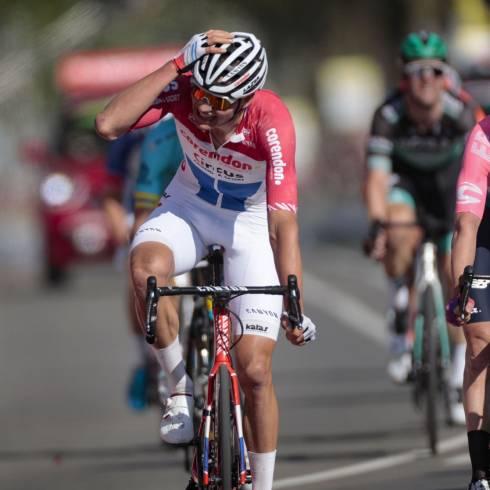 "Amstel Gold Race – Mathieu van der Poel vence de forma ""Monstruosa""."