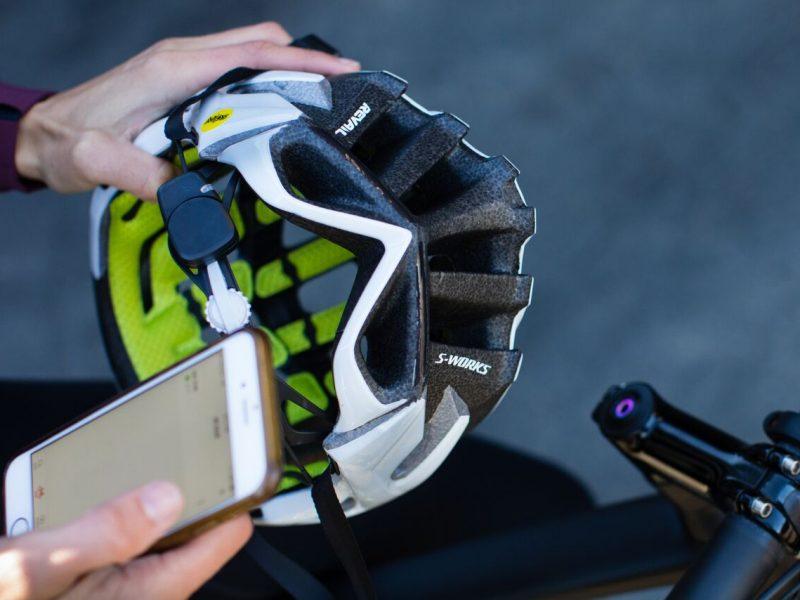 "Specialized alarga tecnologia ""Angi"" a todos os capacetes"