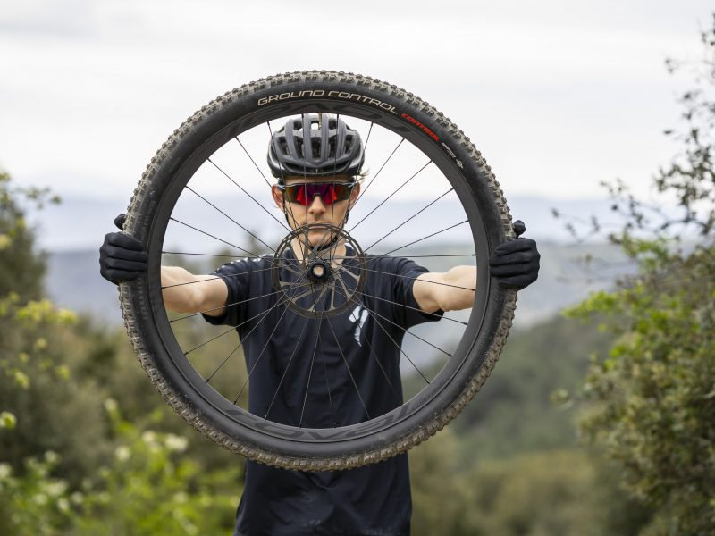 Novas rodas Specialized Roval Control Carbon e Rapide C38